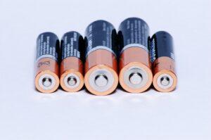 5 Batterien nebeneinander